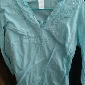 3 FOR $10 SIZE XL SHIRT BY AVON NEVER WORE